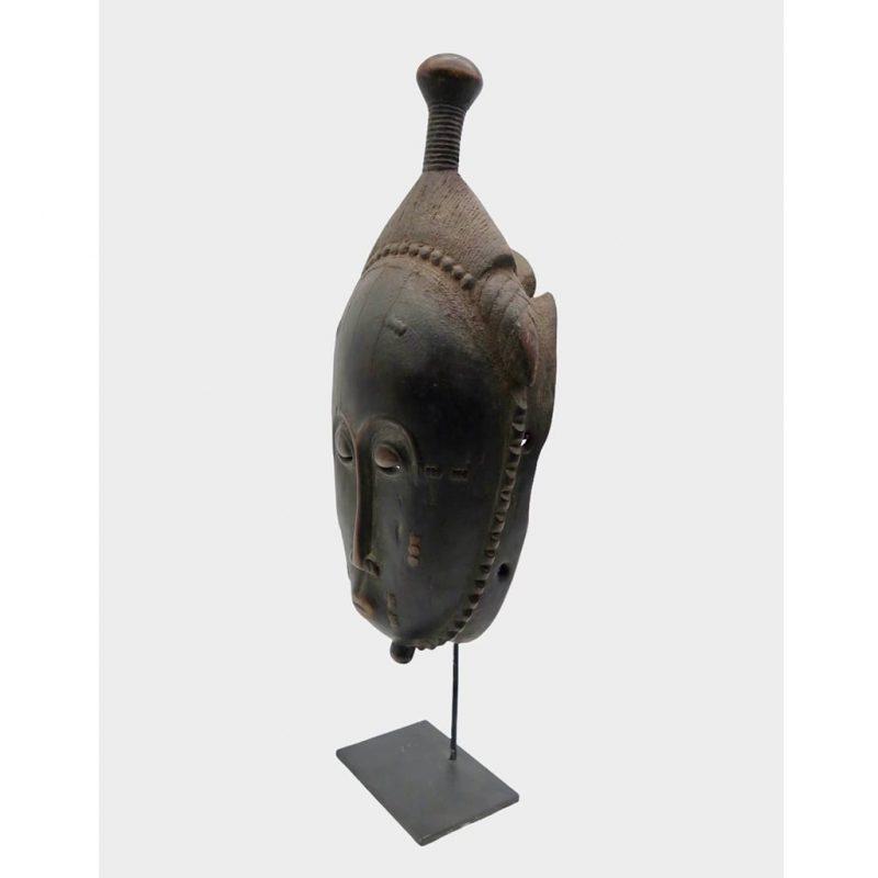 Masque Baoulé patine noire DZ Galerie Nice coté gauche