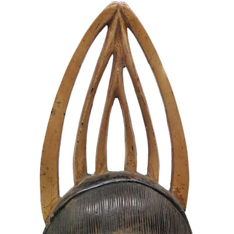 Masque de réjouissance Baoulé sombre DZ Galerie d'art à Nice focus chapeau