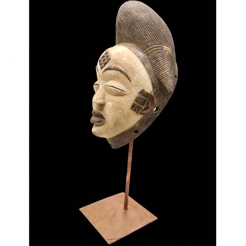 Masque Vuvi DZ Galerie d'art à Nice côté