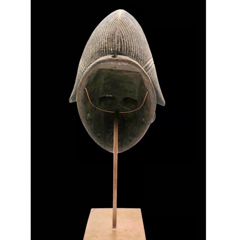 Masque Vuvi DZ Galerie d'art à Nice côté dos